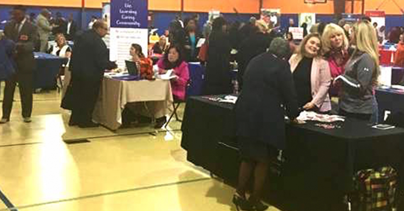 Congresswoman Robin Kelly at Job Fair