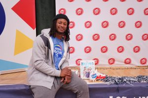 Rams' All-Pro running back Todd Gurley hosts childhood literacy initiative with Pizza Hut and BOOK IT! Program in Inglewood, Calif. (Lauren A. Jones/L.A. Sentinel)