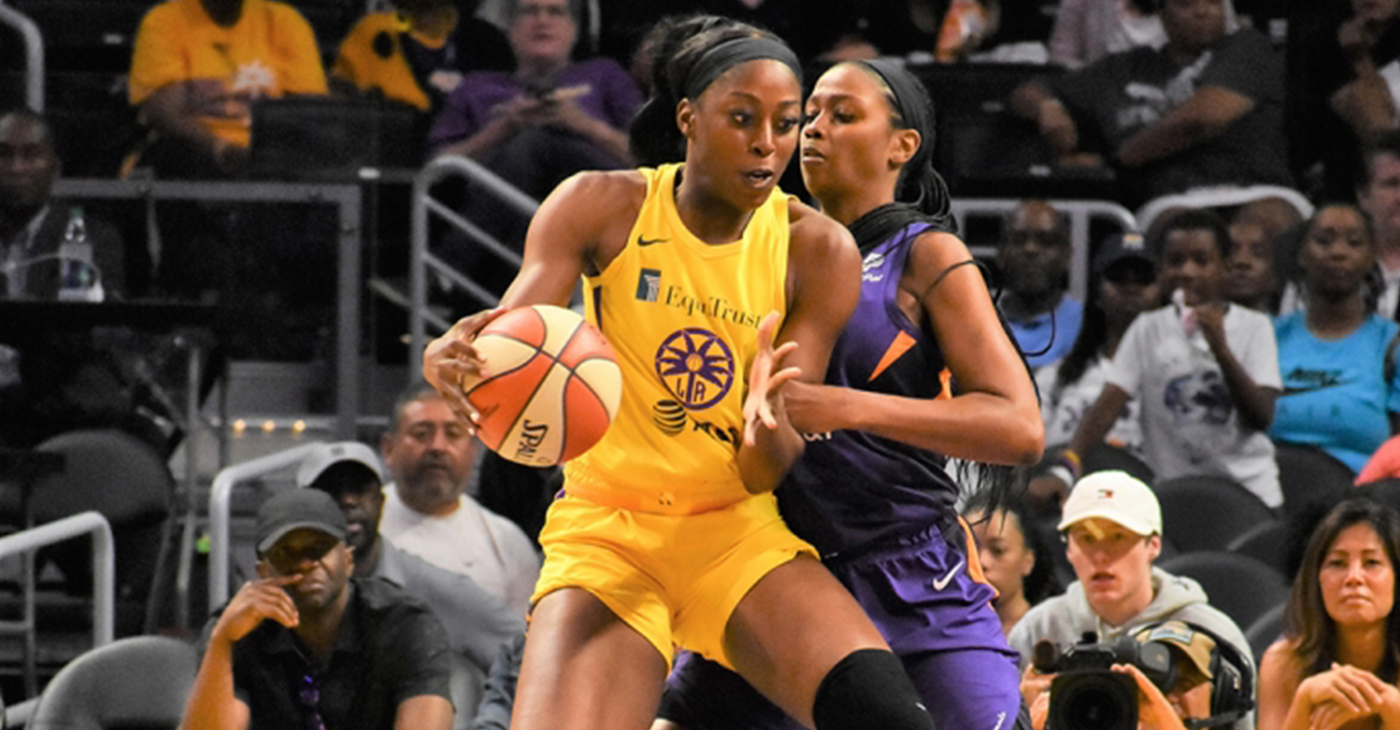 Sparks forward Chiney Ogwumike returned to the hardwood against the Phoenix Mercury (Photo by: Emarie Marie | T.G.Sportstv1)